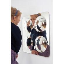 Maaginen peili kuplilla